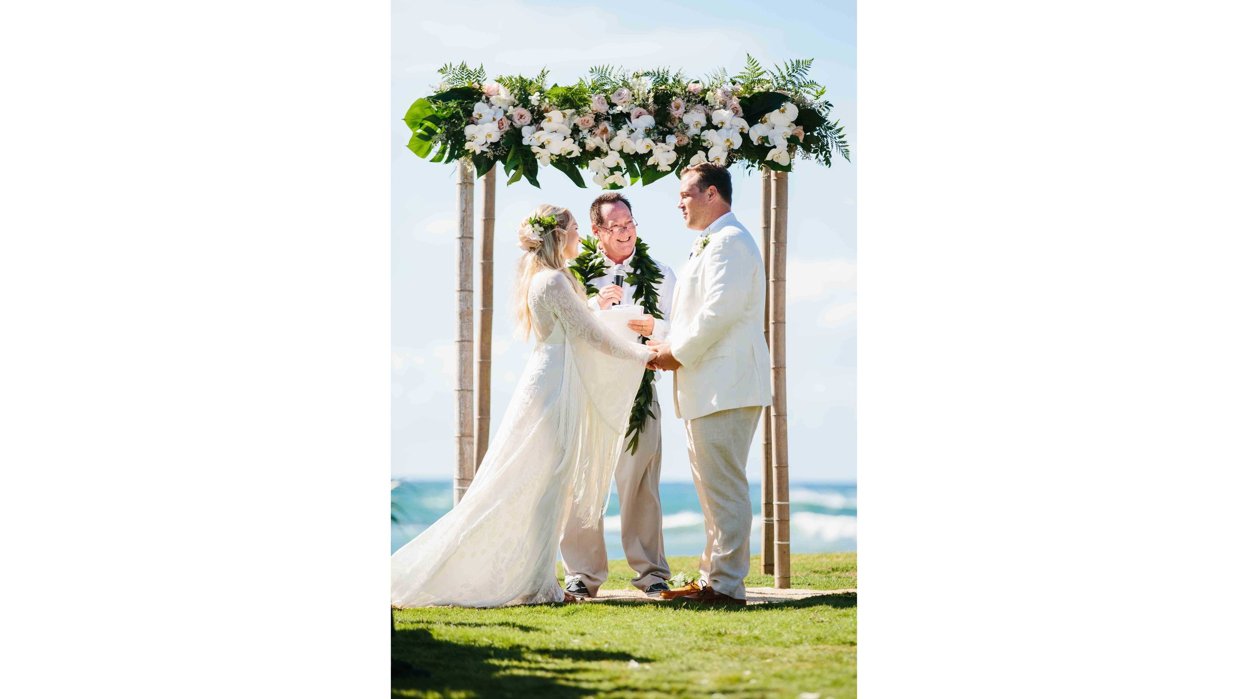 Hawaii Wedding Ceremony at Loulu Palm Estate