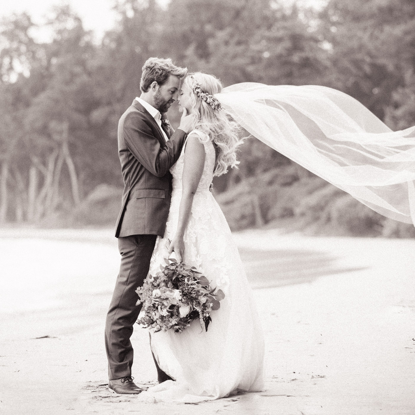 Beach Wedding Photo in Black and White