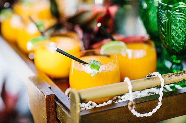 Tropical cocktail anyone? 🙋♀️🍹🌴 @fsoahu @fsoahuevents