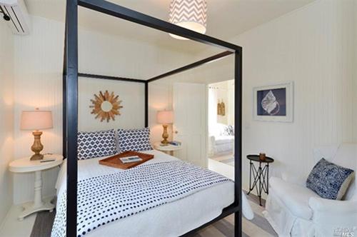 beachy-fresh-cottage-myra-hoefer-design.png