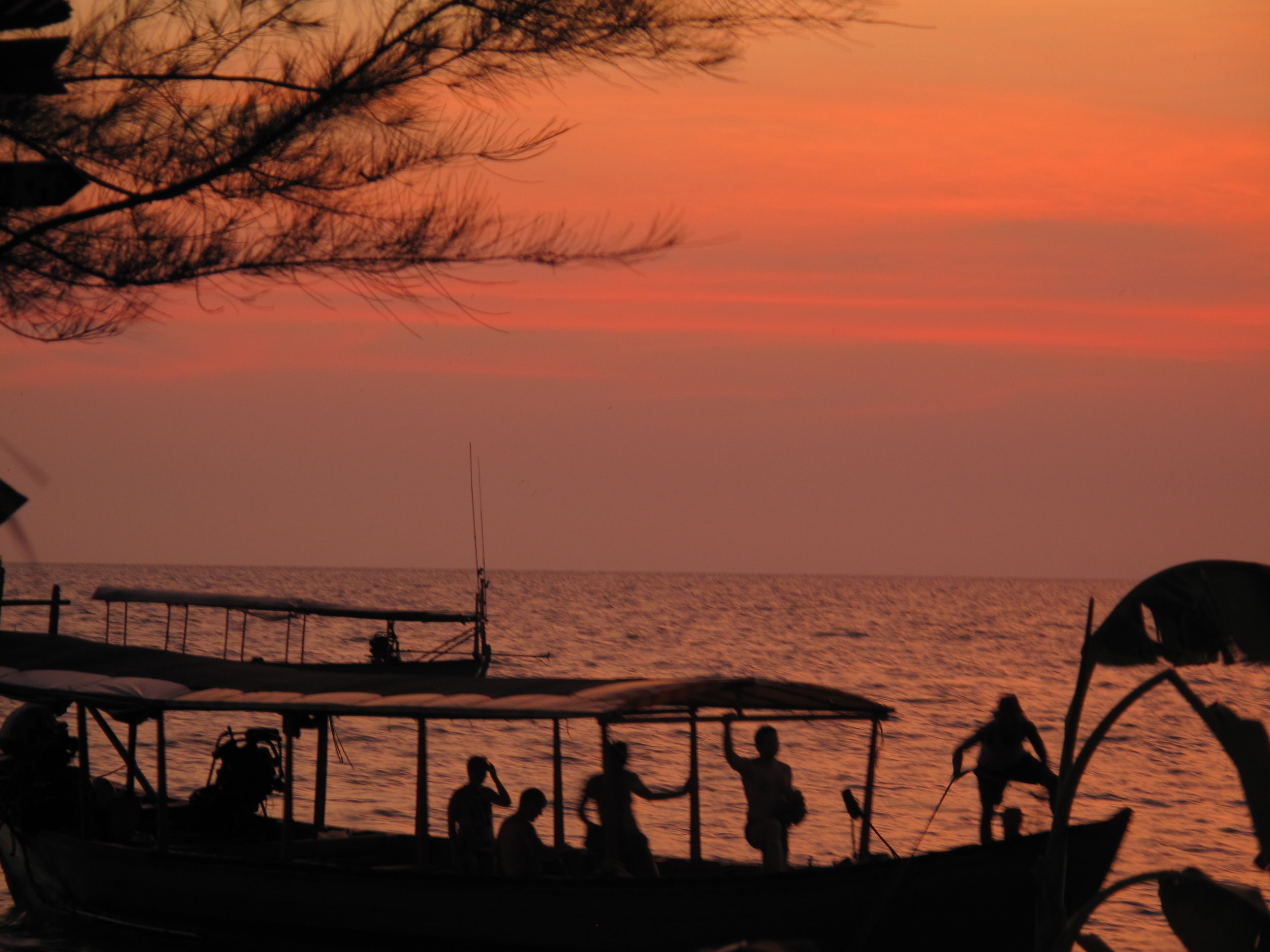 Did I mention that the sunsets are pretty nice? Sihanoukville