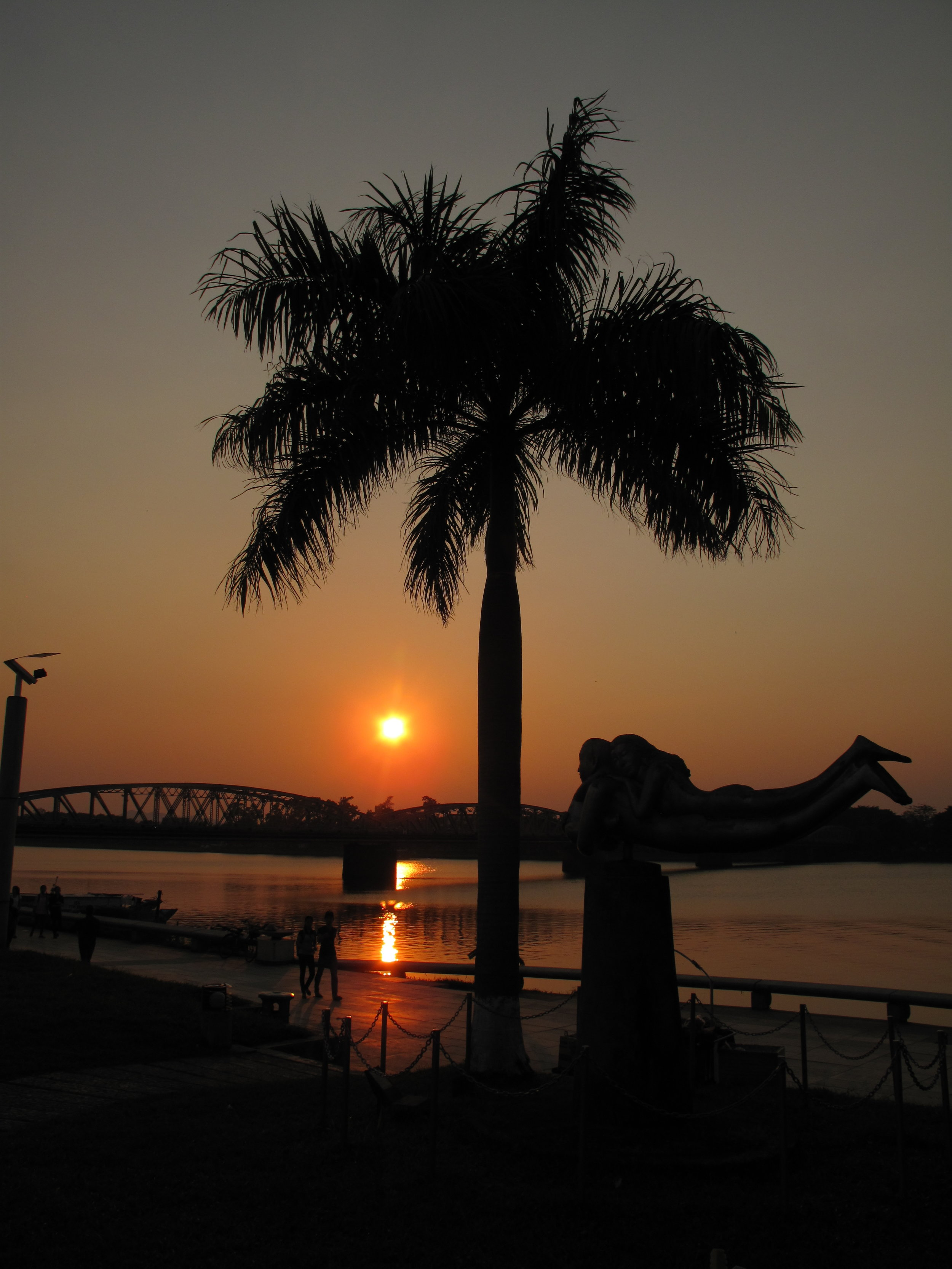 Sunset on the riverfront, Hue