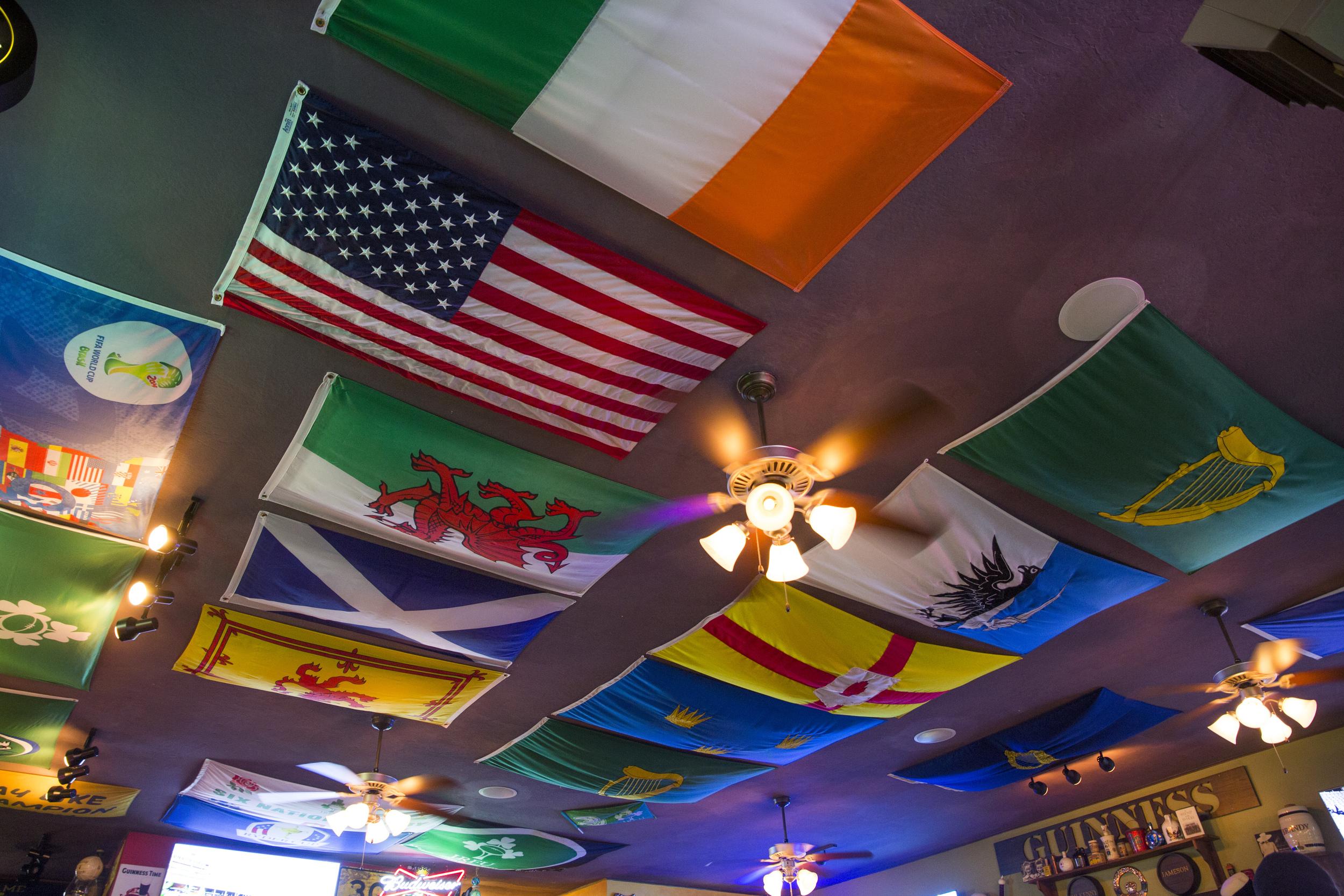 117B7443_Flags.jpg