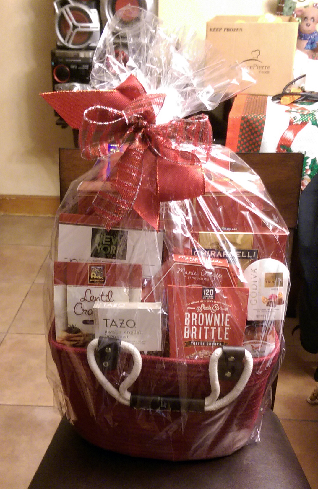 Fernando Rios was the winner of the Christmas basket.