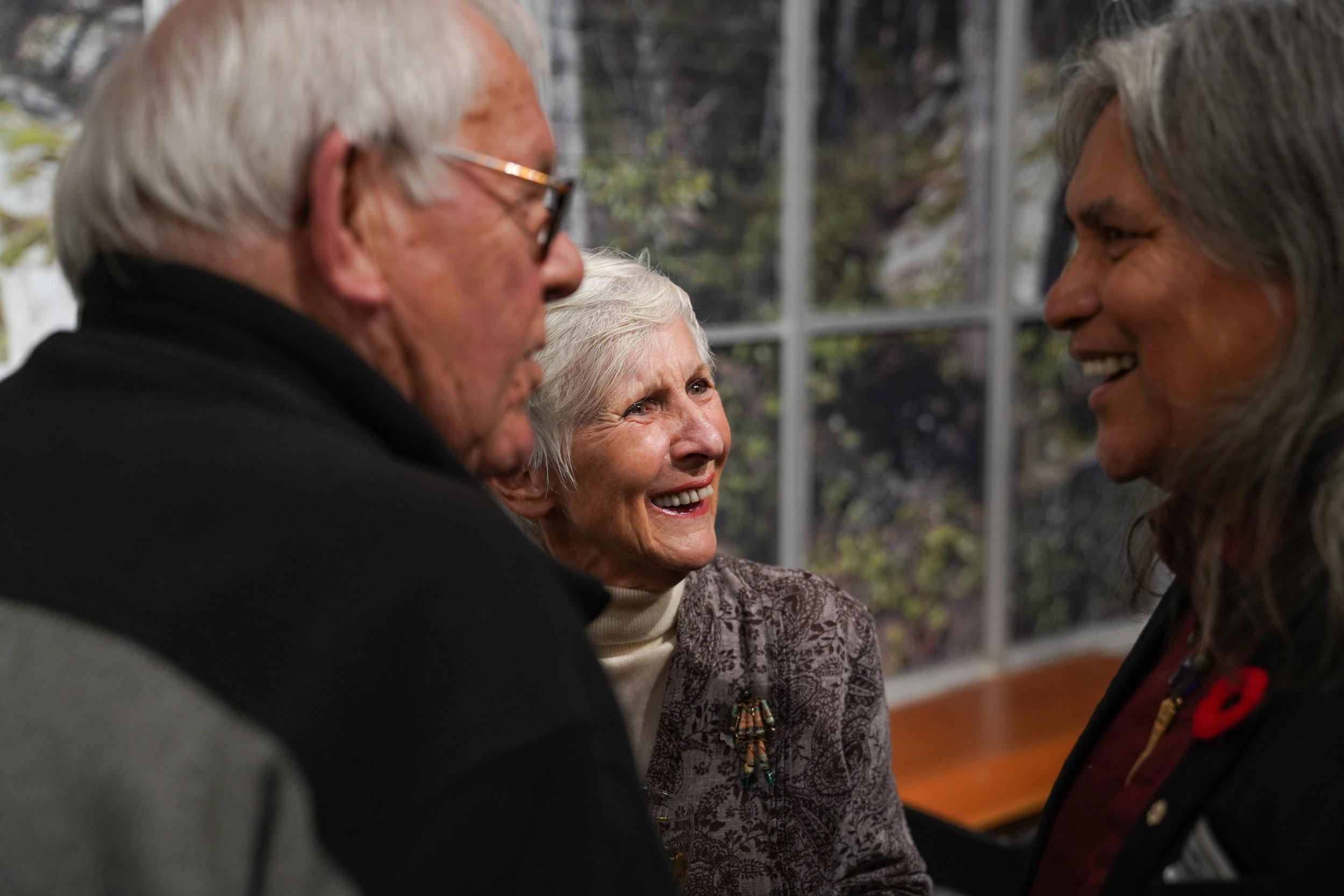 Past FANS Board member Carol Bagley, and past FANS Distinguished Artist: Xwalacktun