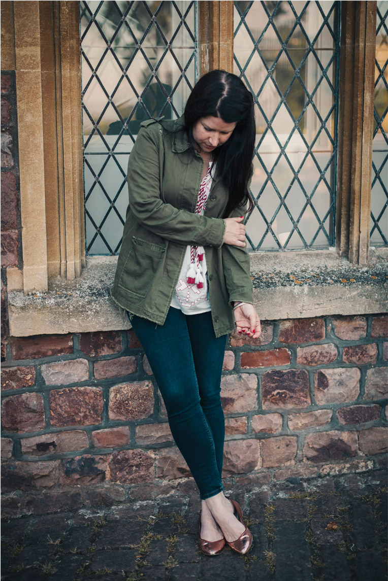 My 'broken arm pose'. Jacket by    River Island    Jeans by    River Island    Shoes by    La Paire