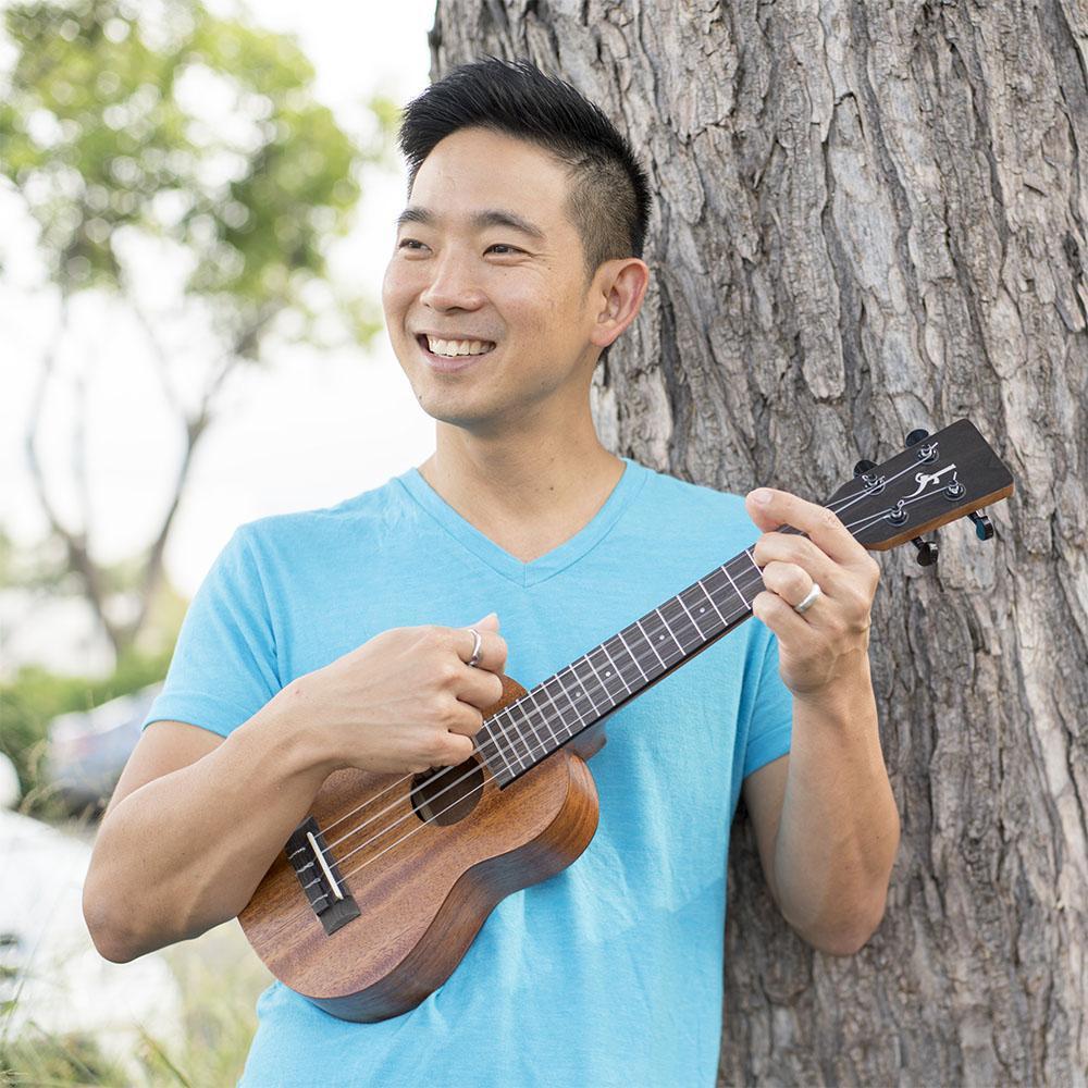 7-shima ukulele.jpg