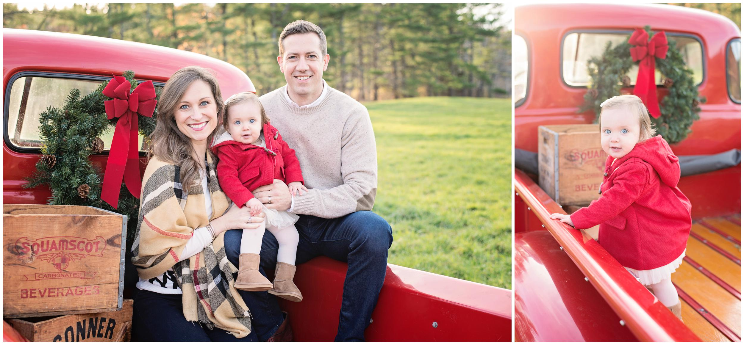 Holiday-Mini-Sessions, NH-Family-Photography, Christmas-Mini-Sessions, White-Wave-Photography