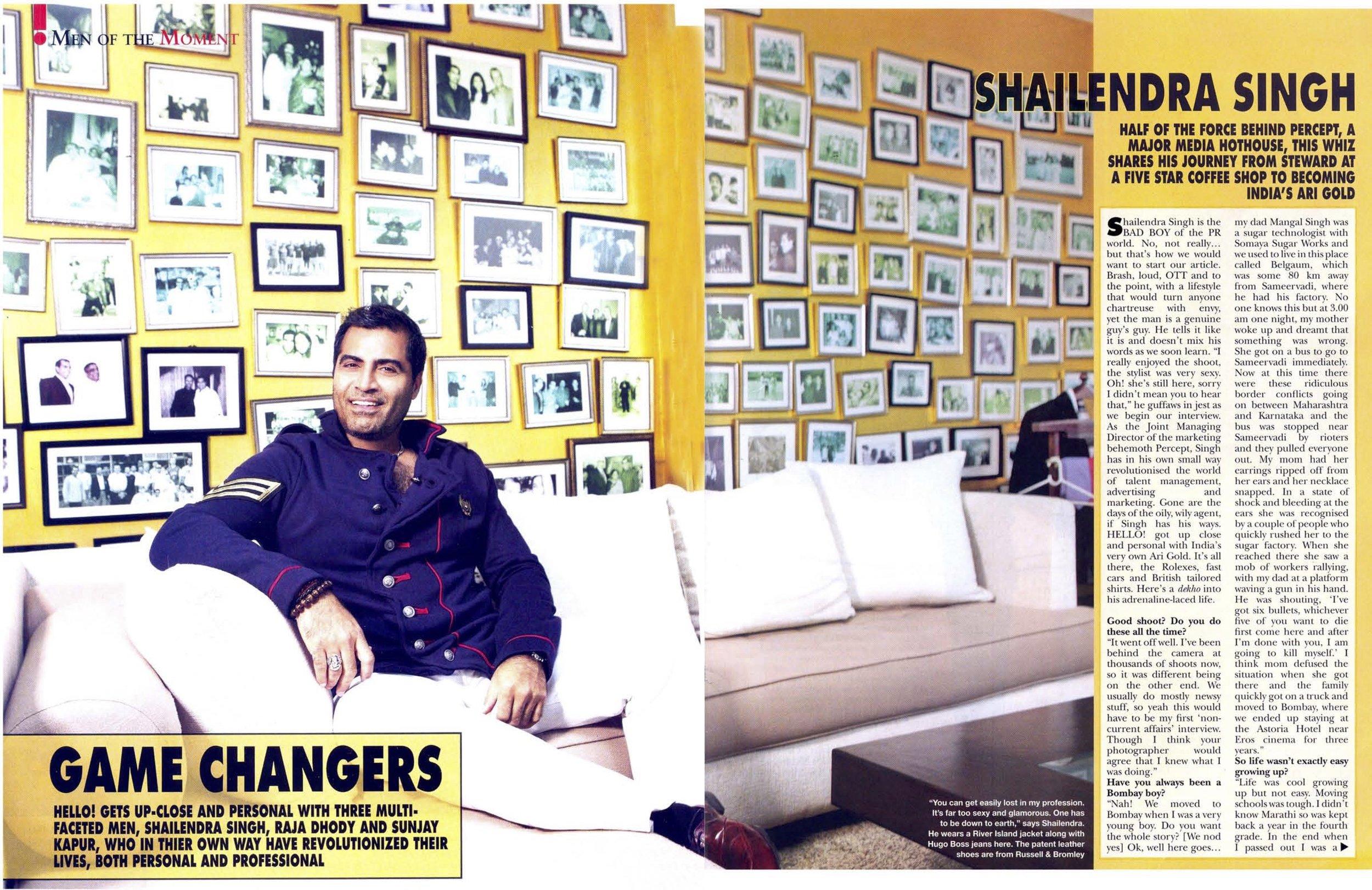 HELLO Magazine. Oct 2011