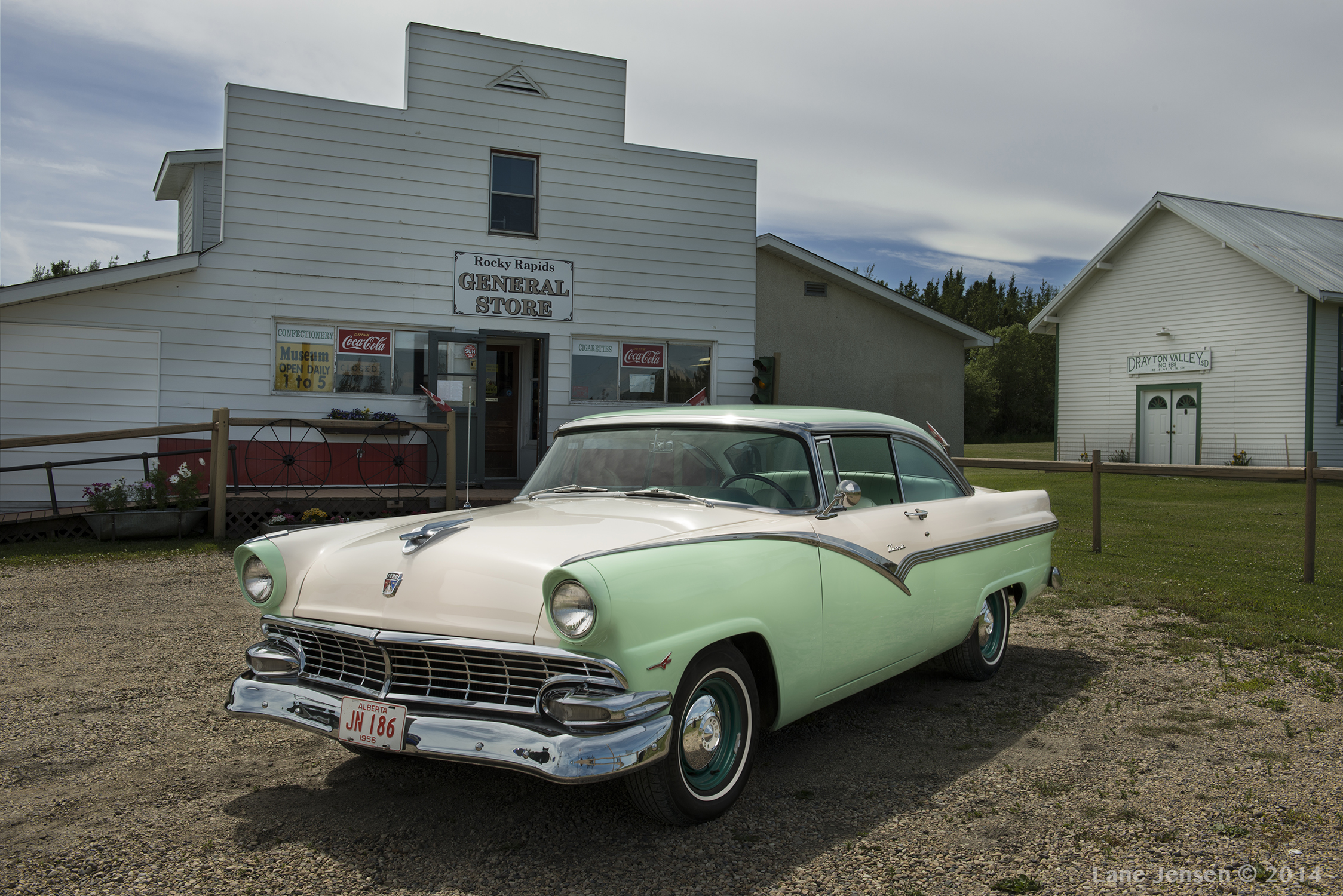 1956 ford fairlane victoria done website.jpg