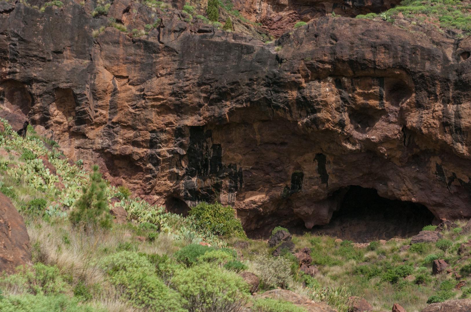 Caves, Gran Canaria