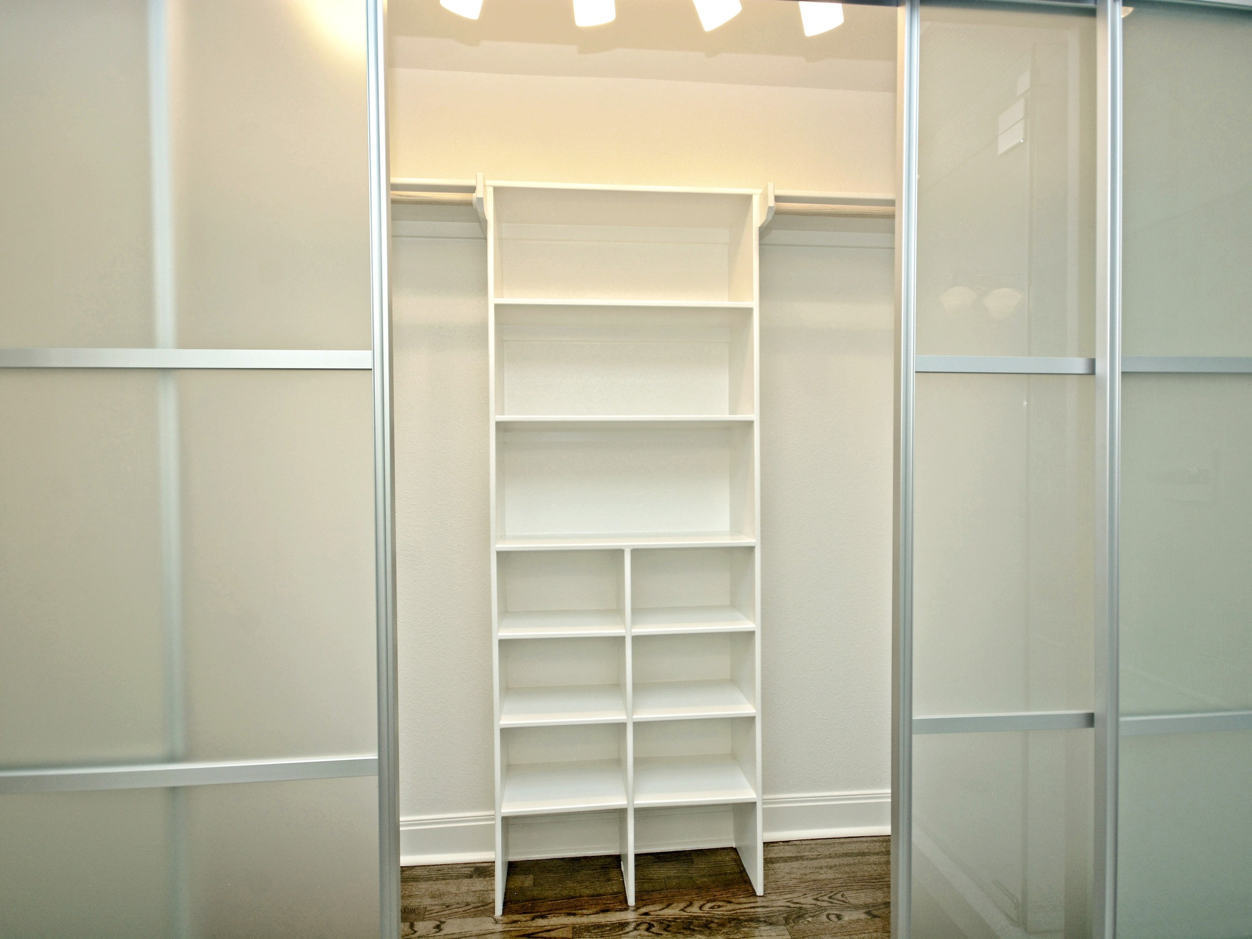 017_Master Closet.jpg