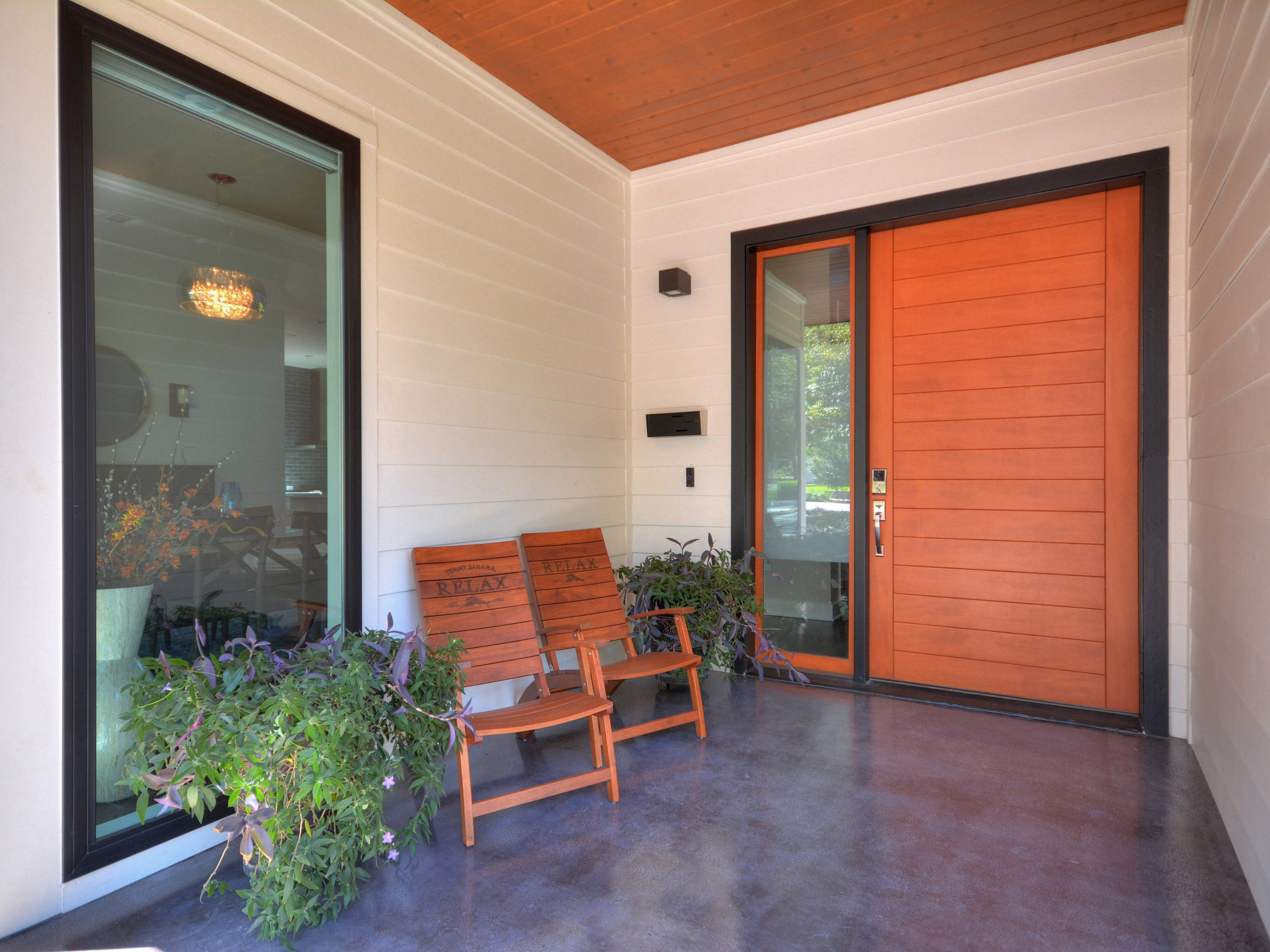 005_Front Entry .jpg