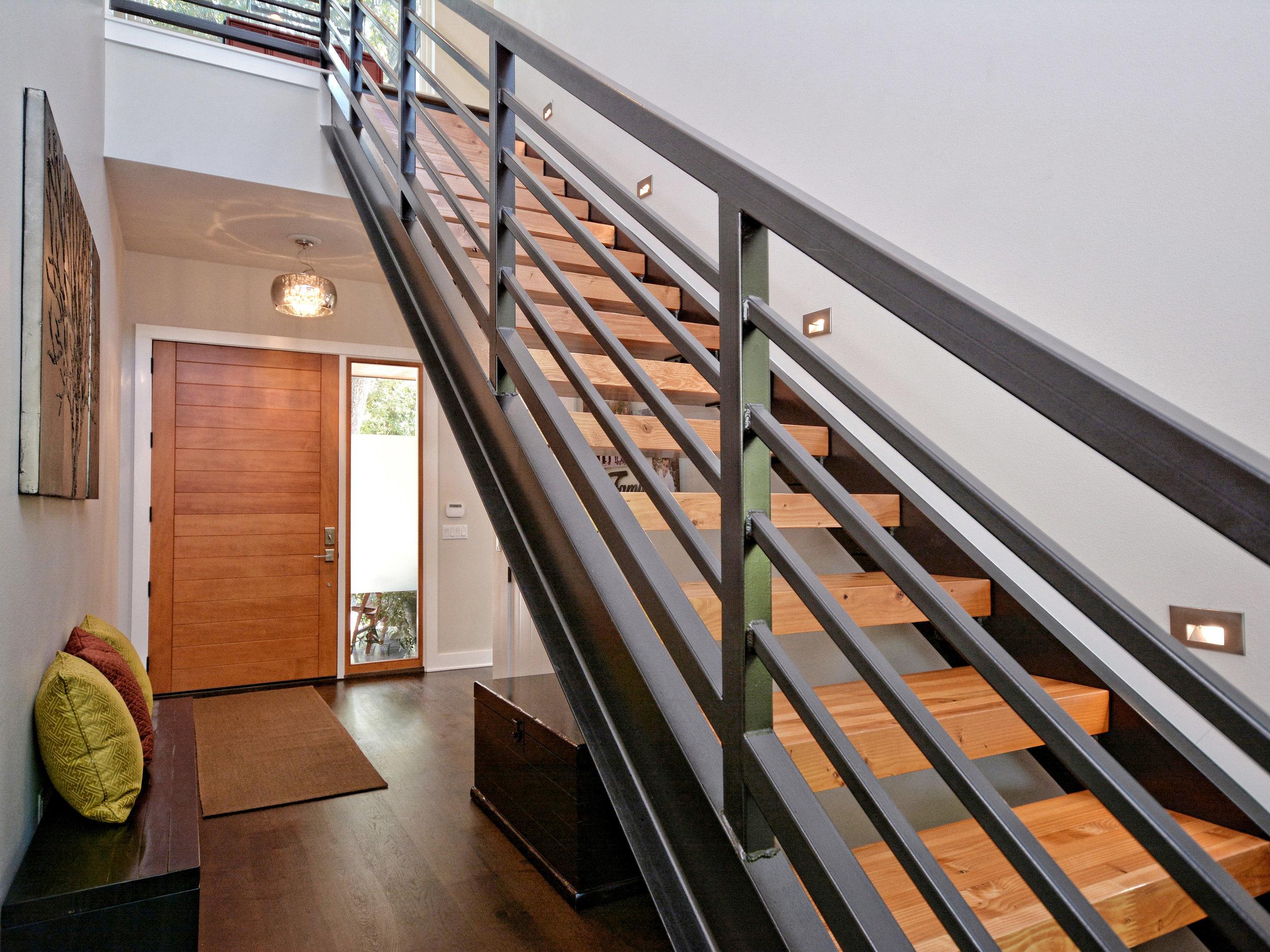 006_Foyer-Stairs.jpg