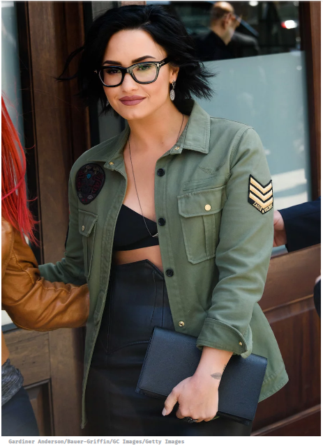 demi lovato wearing glasses