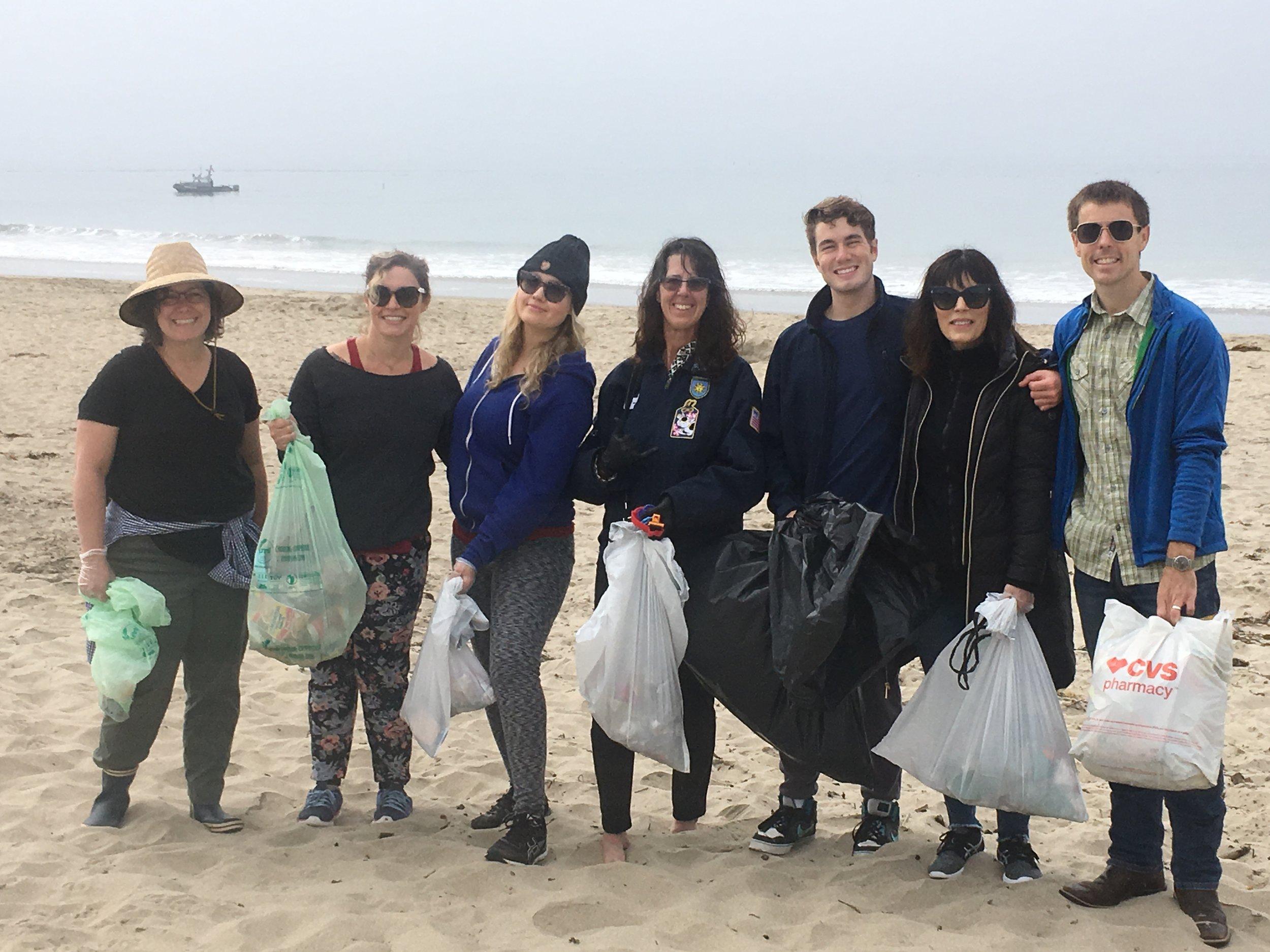 Midtown Optometry Beach Clean Up.JPG