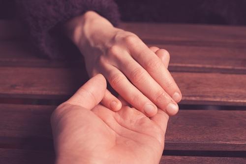 O tratamento da ejaculação precoce pode ser dividido em duas possibilidades: tratamento medicamentoso e tratamento psicológico