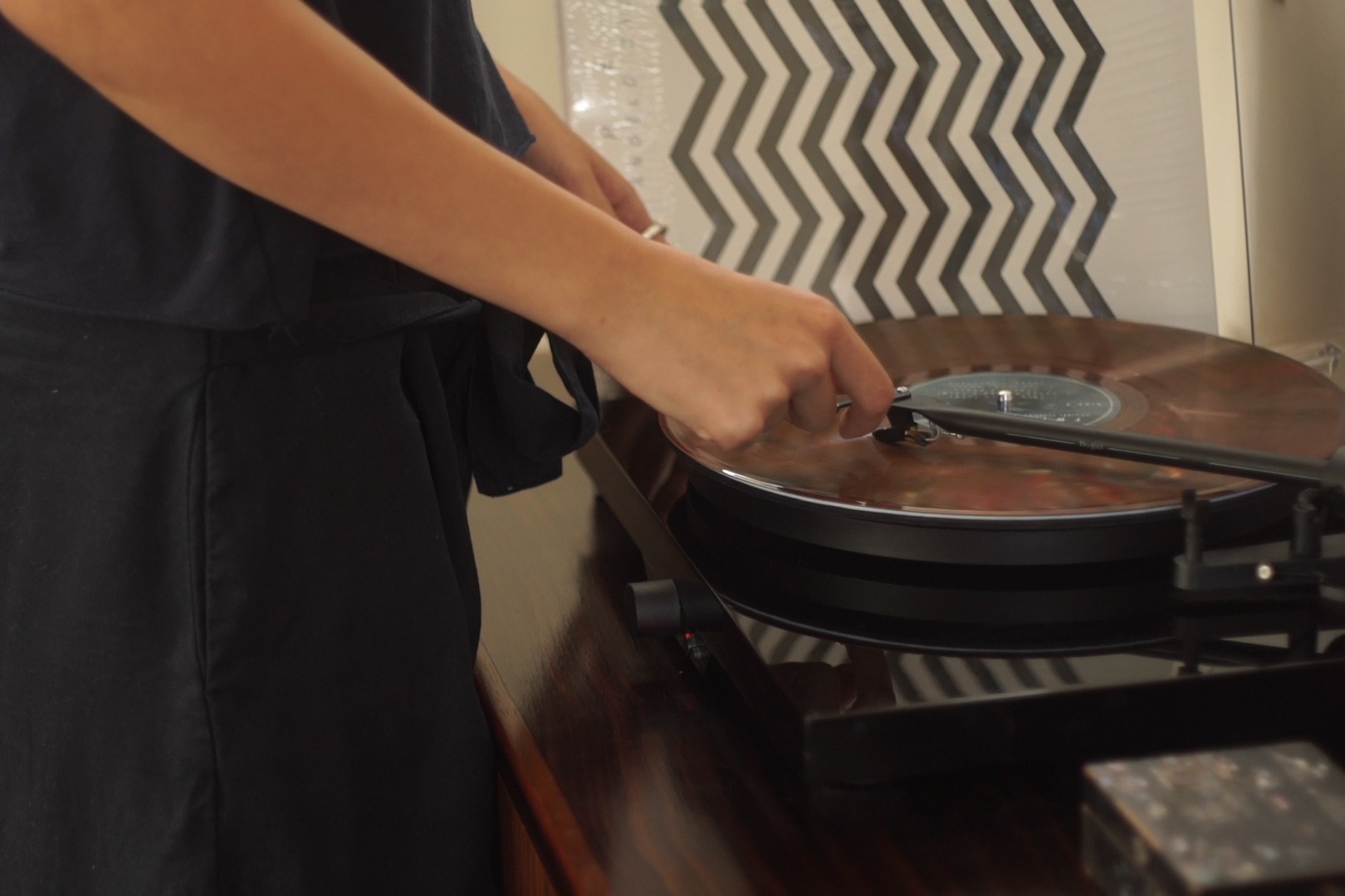 Uncovering technology and music in the typical Mokum home. - sonos