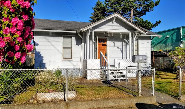 8852 11th Ave Sw- pic.jpg