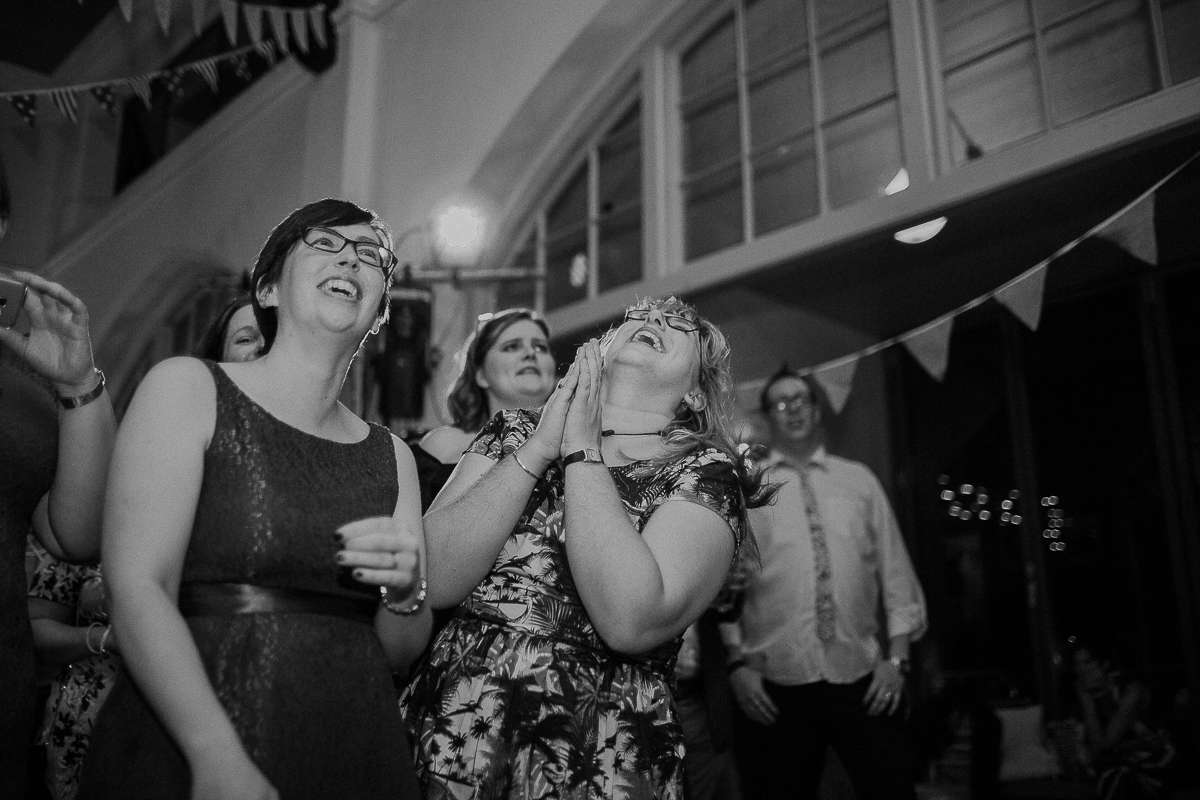 lovecandice-chelsea-town-hall-thames-rowing-club-wedding-london-7093.jpg