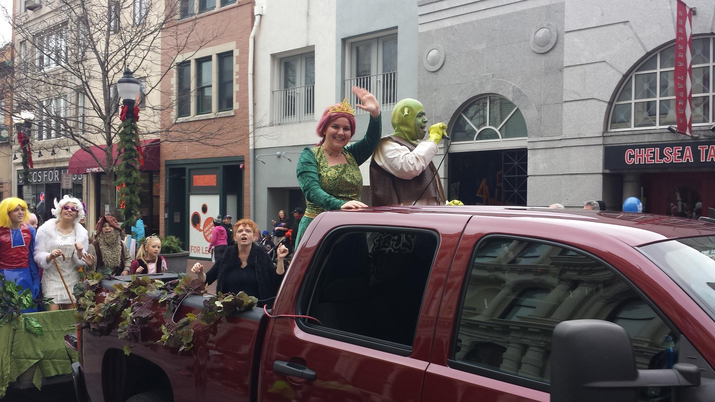 parade Nov 28, 2015 Shrek