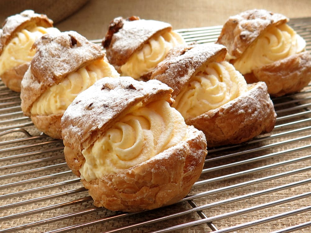 cream-puffs-delicious-france-confectionery-food- Wilmington DE
