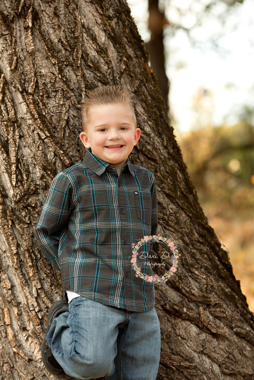 Family Photos in Redding CA Dani D Photography Fall Photos