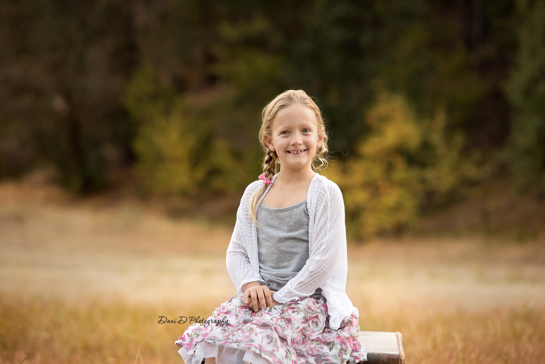 Outdoor childs photo - Redding CA photographer - Dani D Photography