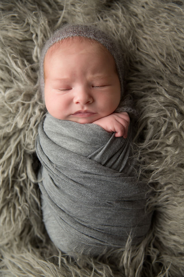 Redding CA Newborn Photographer02.jpg