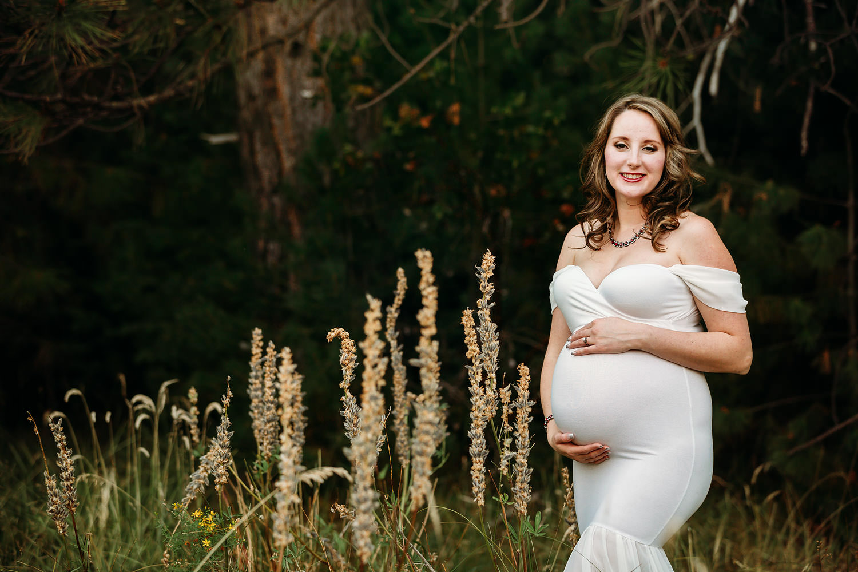 Redding CA maternity photos 09.jpg