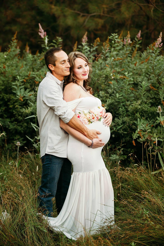 Redding CA maternity photos 08.jpg