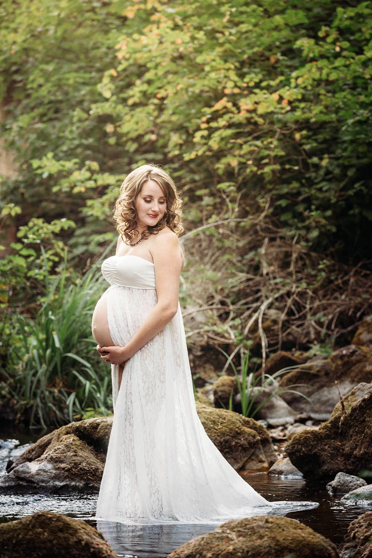 Redding CA maternity photos 02.jpg