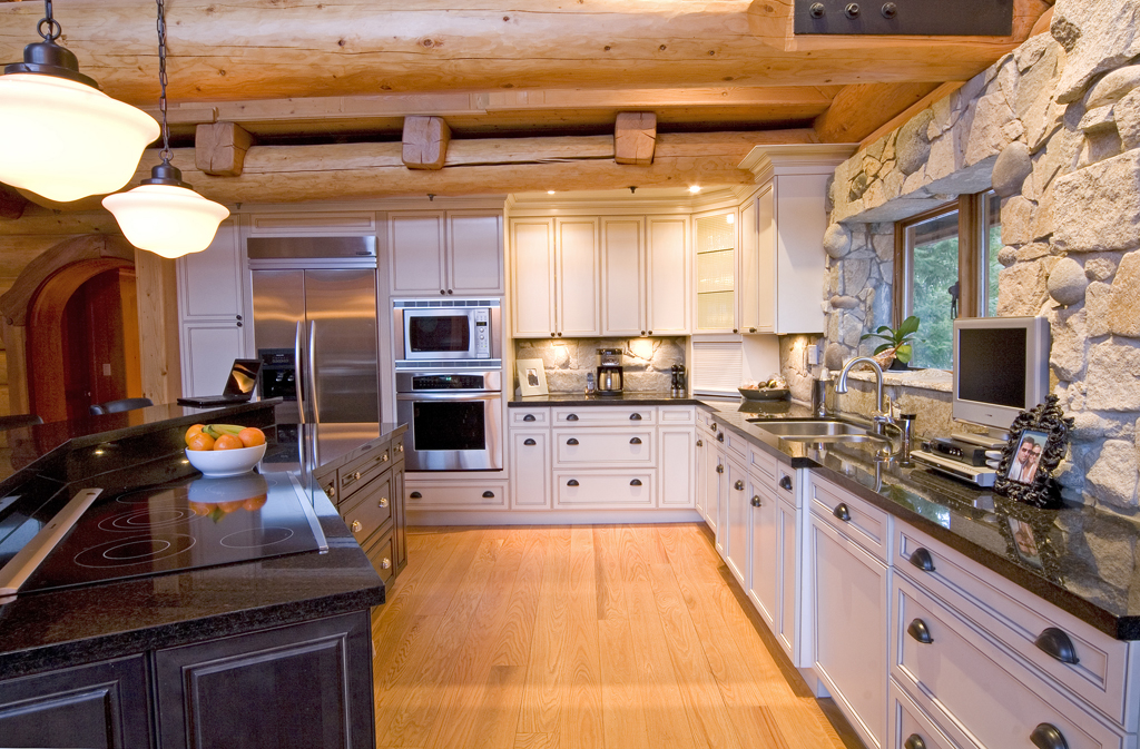 Mx-EagleDr-kitchen.jpg