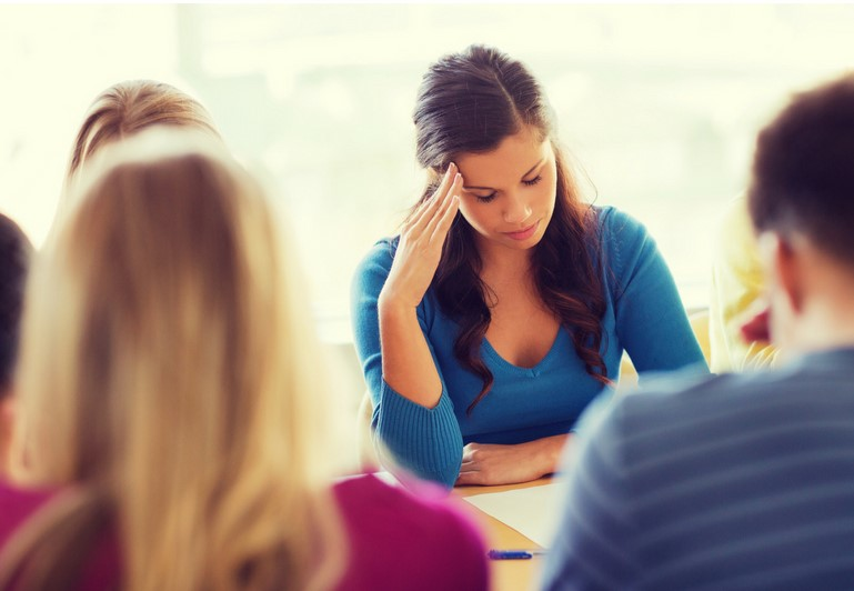 When a manager promises unrealistic deadlines it can wreak havoc on your schedule and affect your work relationships.