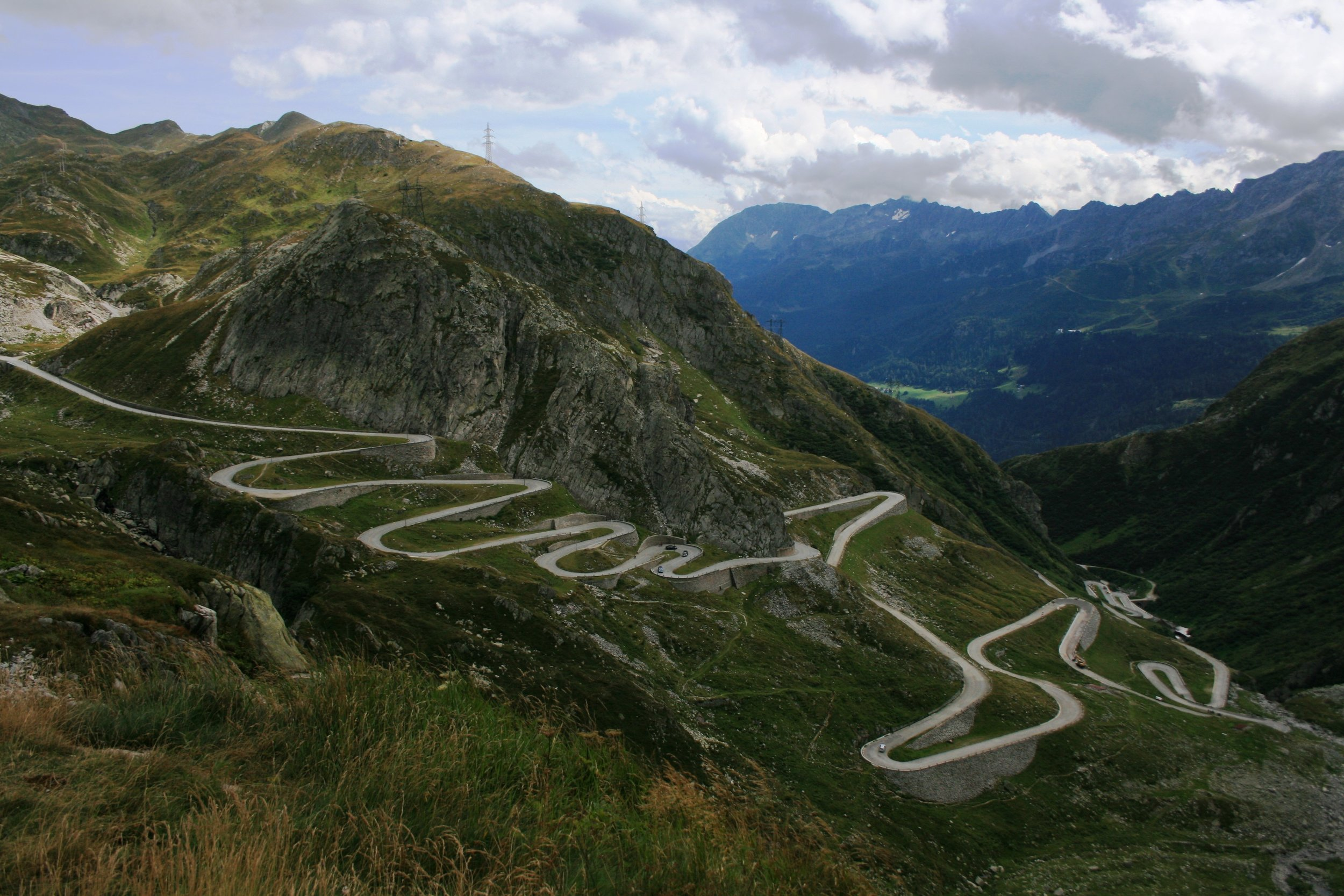 Your career path will not be a straight line. Be proactive and pace yourself so you can handle all the ups, downs and curves. Image: Dory Wilson, Your Office Mom in Switzerland