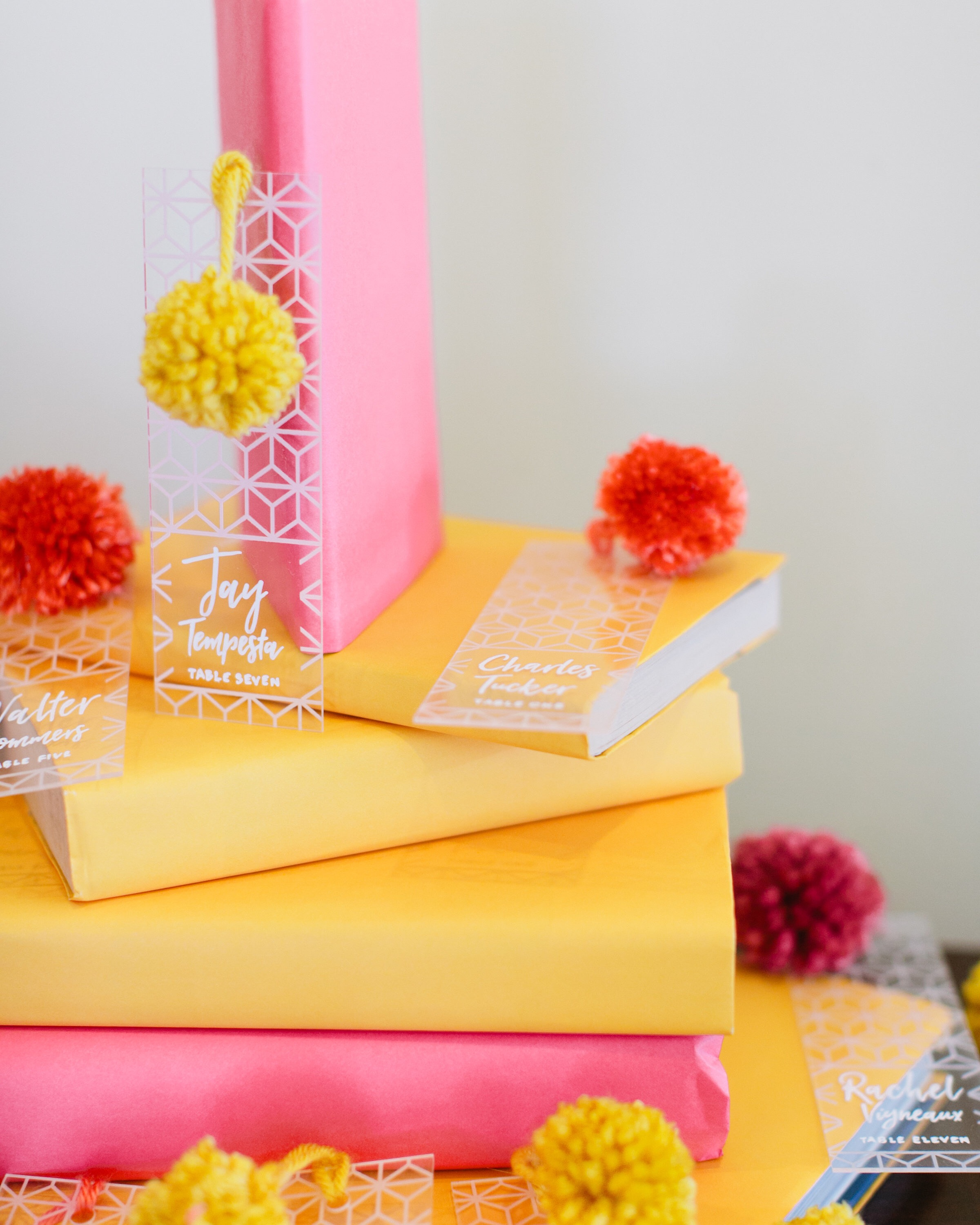 Acrylic Escort Cards by Bowerbird Atelier | Photo by Sorella Muse | Styling by Linen & Lilac