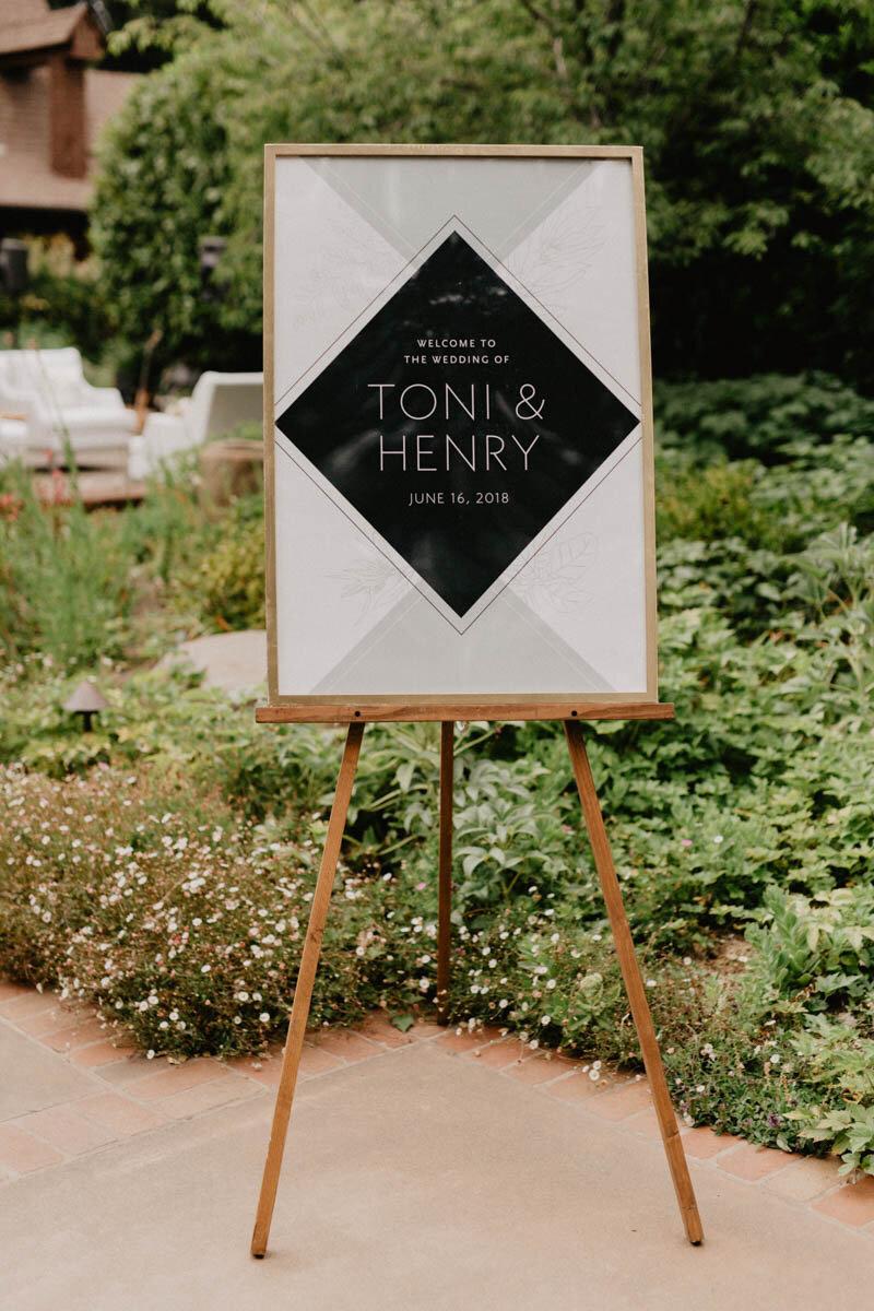 04_BowerbirdAtelier_Wedding-WelcomeSign-Modern-Geometric-OutdoorArtClub-EicharPhotography-4.jpg