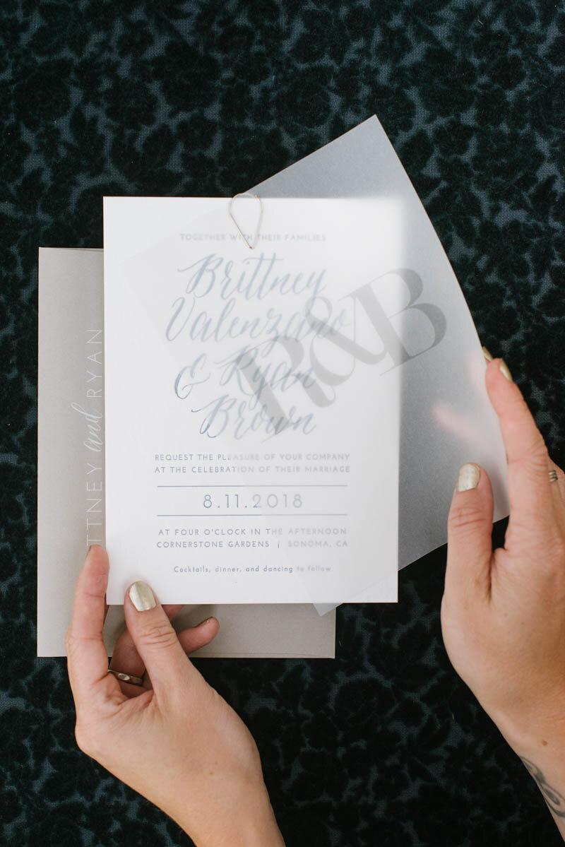 01_BowerbirdAtelier_Wedding-invitation-vellum-overlay-modern-CornerstoneSonoma-ChelseaDierPhotography_1.jpg