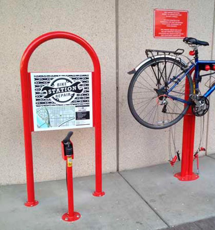 Huntco_Hoop_Sign_bike.png