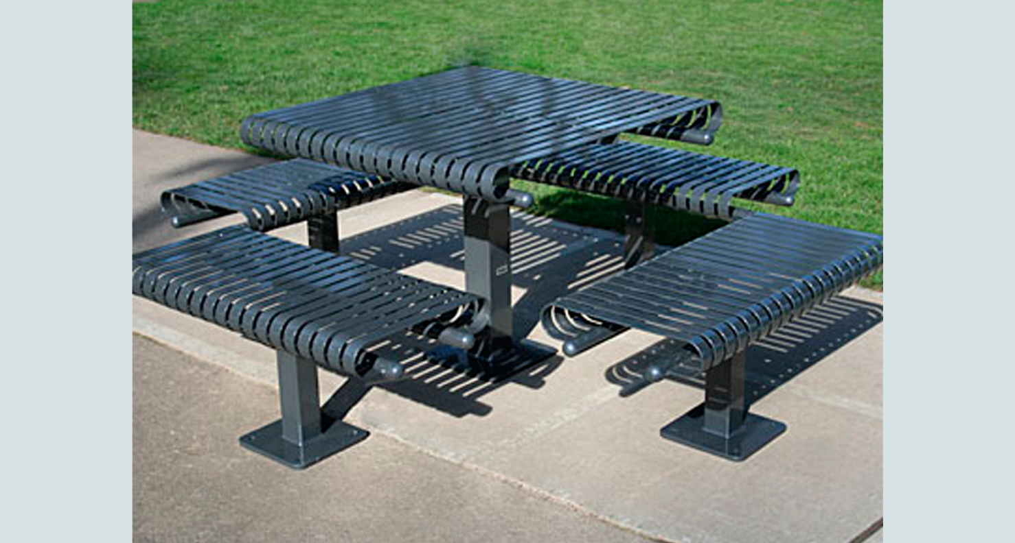 huntco_applegate_table_chairs.png