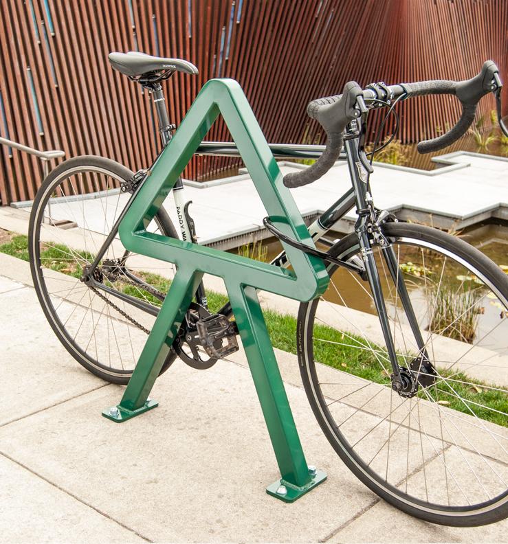 Huntco_Cedar_Bikerack_bike.png