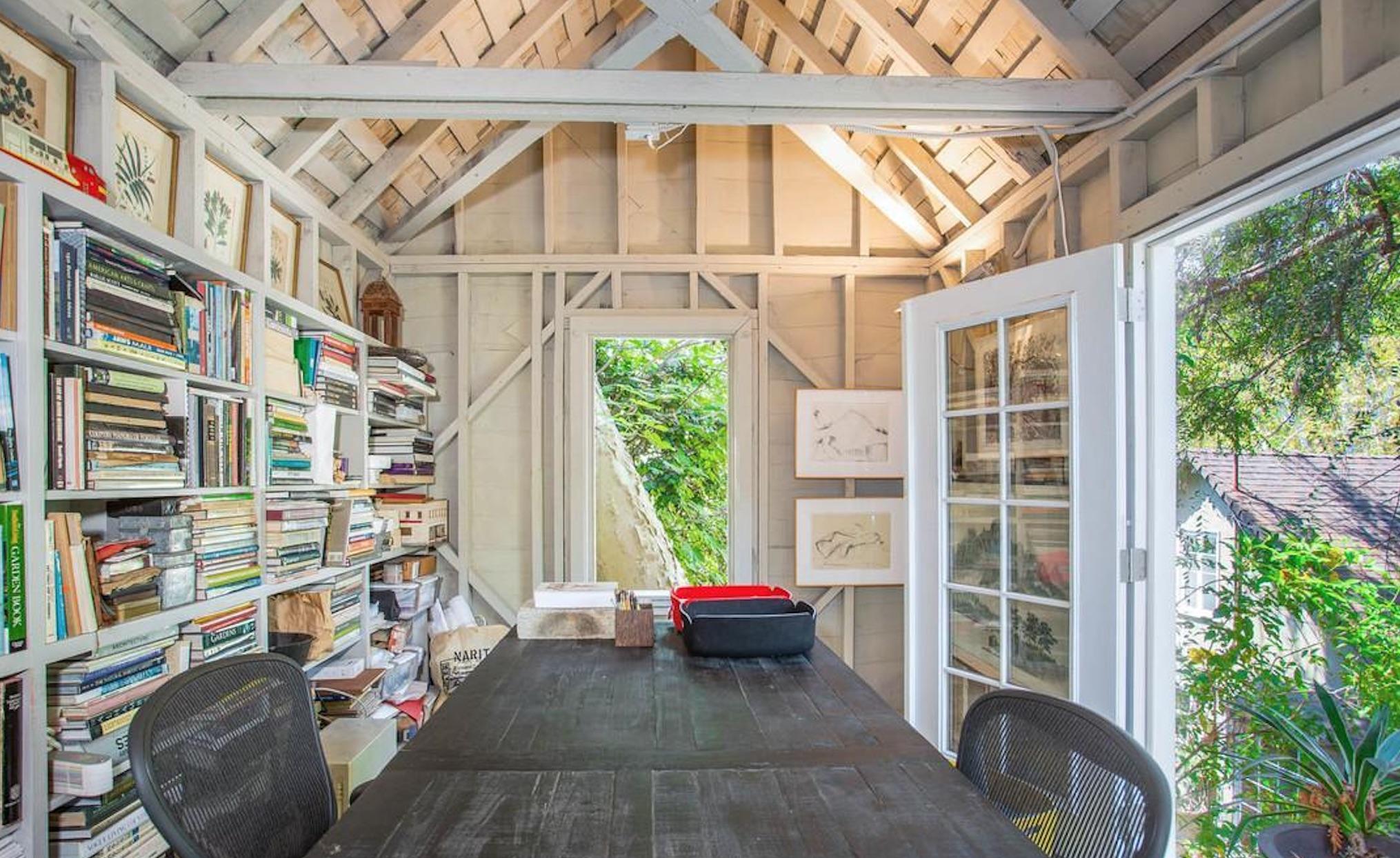 Enchanting English Cottage - 3032 Windsor Ave, Los Angeles, CA 90039-8.jpg