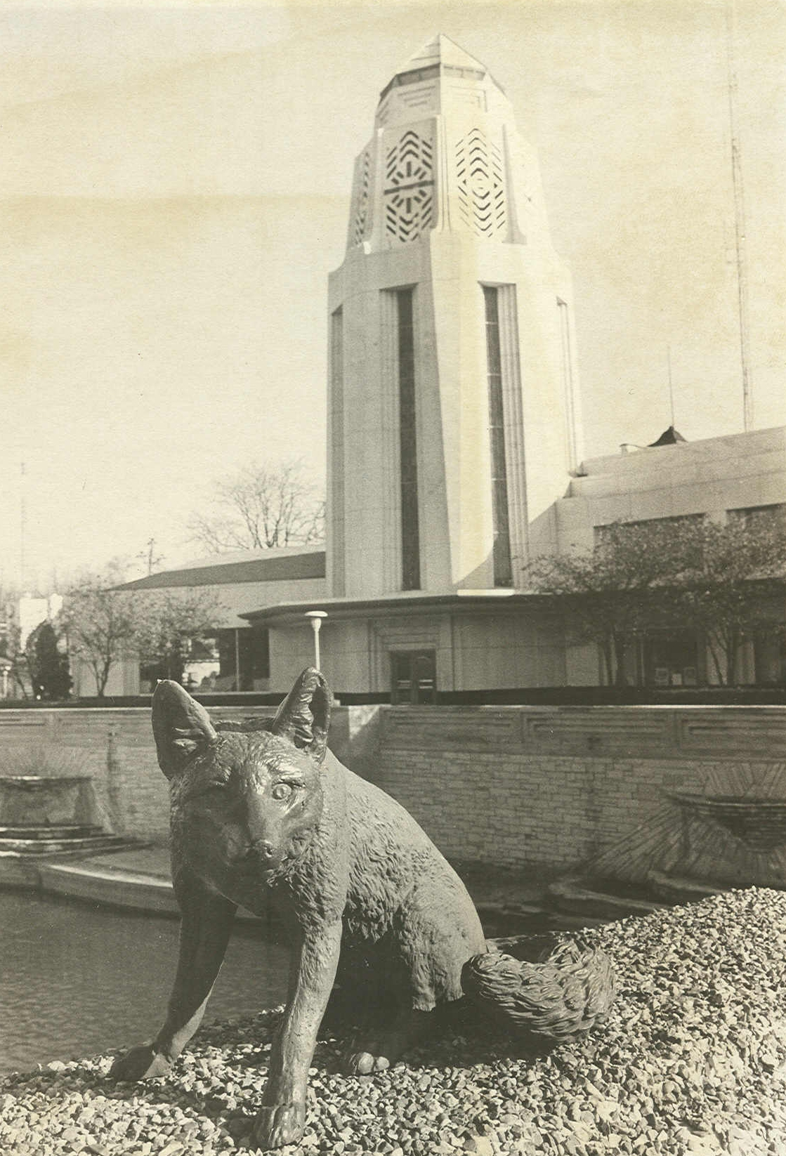 Herbert P. Crane was the son of Richard T. Crane, founder of Crane Plumbing Company of Chicago. A civic leader in St. Charles, it was Herbert Crane who, in 1927, donated the four bronze foxes located on the Main Street bridge in St. Charles. c. 1940s.