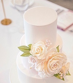 """- Demonstrationganache and cover demonstrationSaturday, October 12, 20199:30 AM - 11:30 AMNorth Shore branch CDA of WA Inc.GIBSON COMMUNITY CENTREGIBSON AVENUE, PADBURYA demonstration perfect for beginners and those with cake decorating experience. You will be shown how to torte, assemble, fill and mask a 6"""" cake with ganache and cover with fondant achieving sharp edges for a contemporary finish.If you would like to attend please contactwww.cdawa.org"""