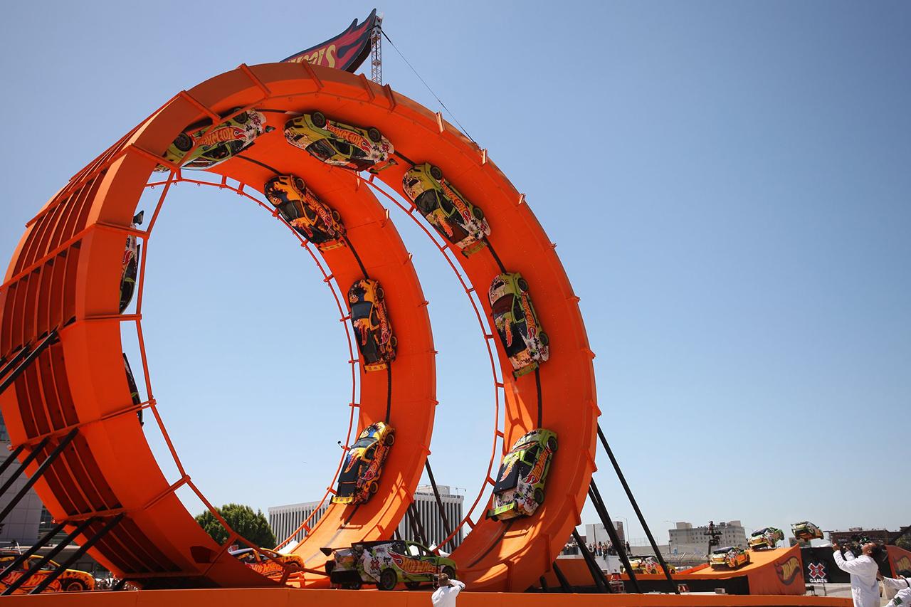 hot-wheels-double-loop-dare-documentary-0.jpg