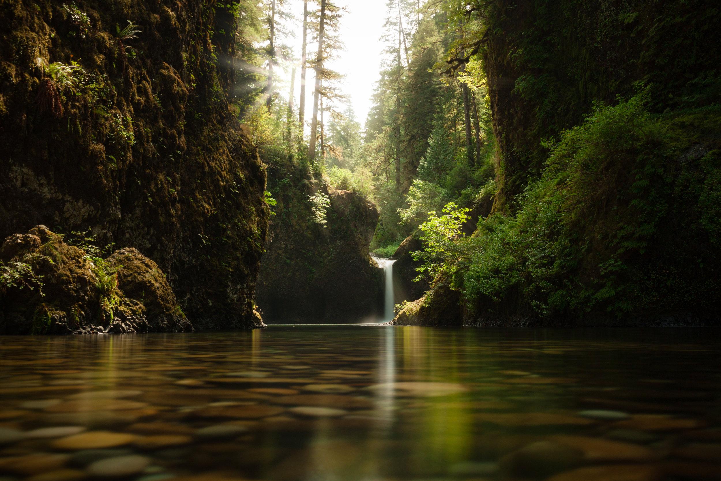 Punchbowl Falls | Portland, Oregon | Waterfall Long Exposure