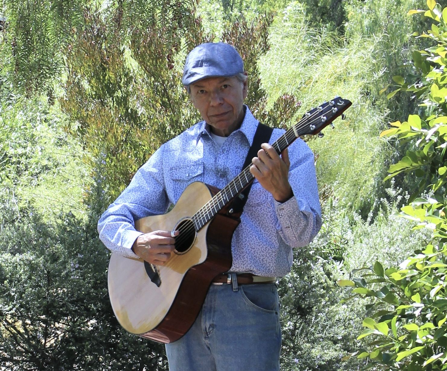 Don Luna acoustic guitar