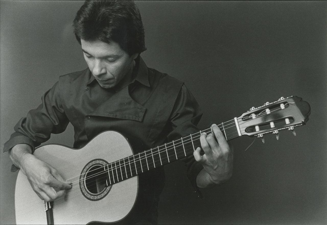 Don Luna nylon string guitar