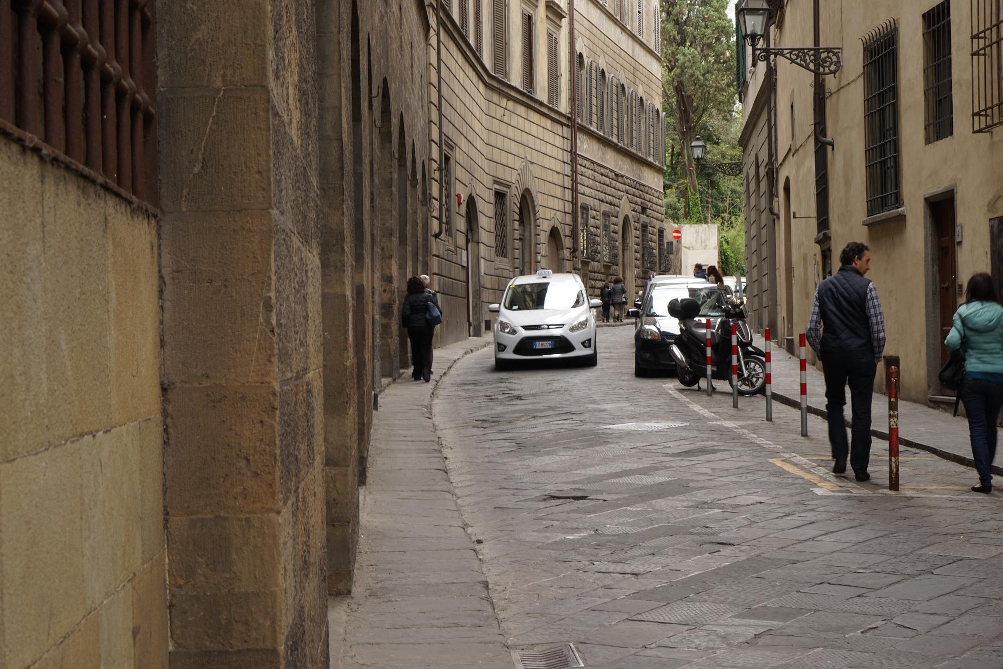 Fig 36: Very narrow road verge in Florence