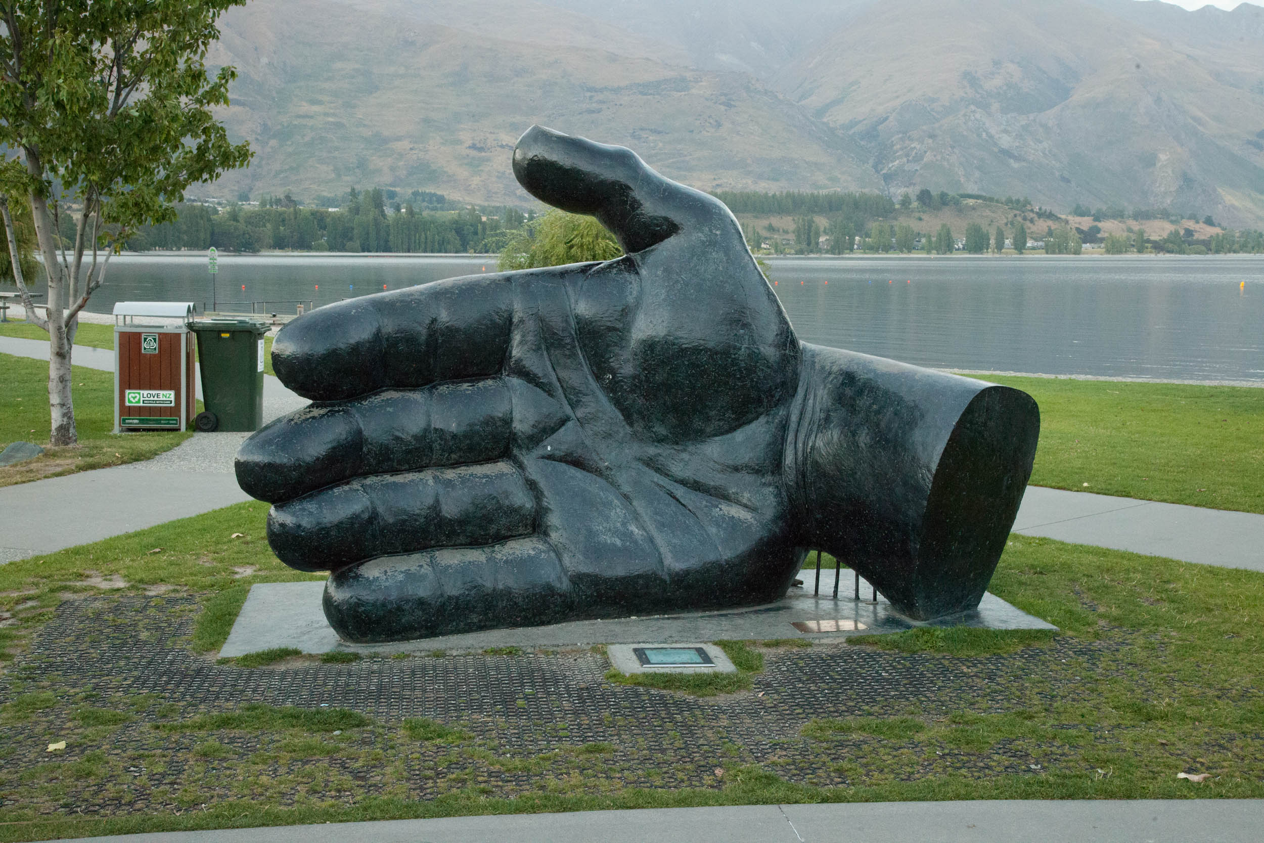 Wanaka-Hand that nutures 1.jpg